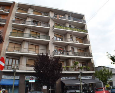 42 Via Roma, Settimo Torinese, Piemonte, 3 Stanze da Letto Stanze da Letto, ,1 BagnoBathrooms,Appartamento,Vendita,Via Roma,1043